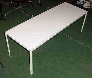 Nelson Steelframe Table