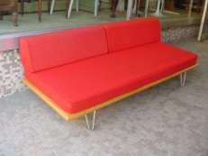 Nelson Daybed